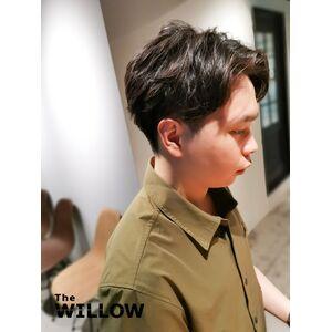 20代ヘアスタイル センターパート 学生髪型